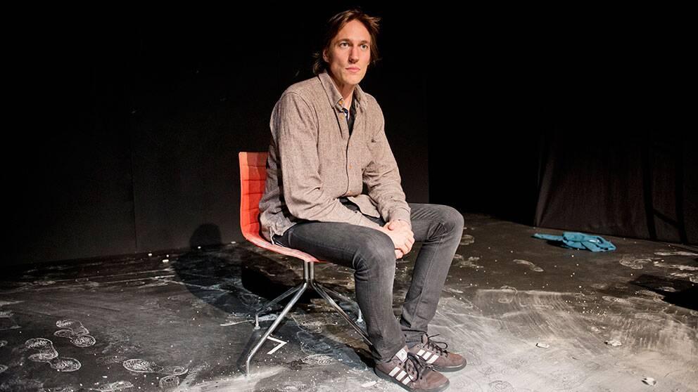 Oslo 20121027. Christian Lollike har skrevet 'Manifest 2083', et dansk teaterstykke basert på Anders Behring Breiviks manifest. Lørdag kveld fremførte han stykket på Dramatikkens Hus i Oslo. Foto: Fredrik Varfjell / NTB scanpix / SCANPIX / kod 20520