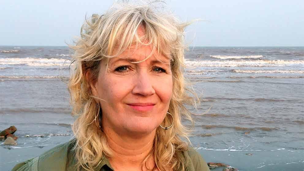 SVT:s korrespondent Erika Bjerström på plats i Vietnam.