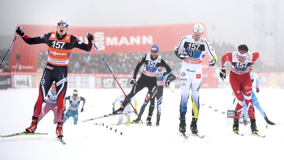 Calle Halfvarsson förlorade stafettspurten i Världscupen i Ulricehamn, mot norrmannen Finn Hågen Krogh.