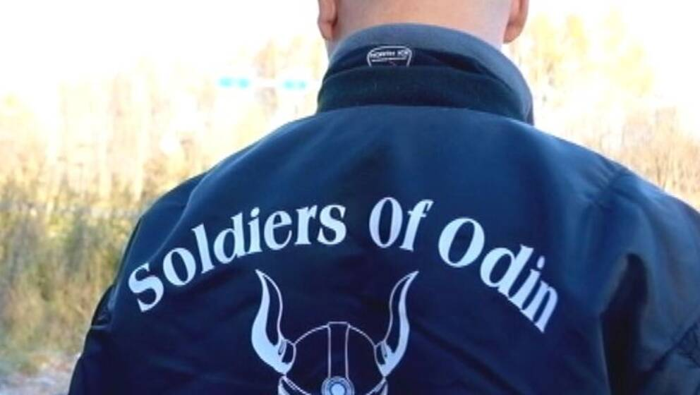 Arkivbild, Ryggtavla på medlem av Soldiers of Odin