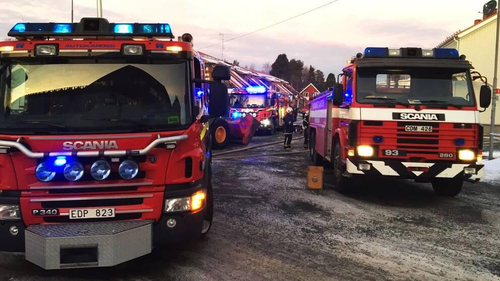 räddningstjänst, brandbilar