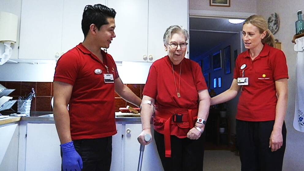 Ali Mohammadali går introduktionsåret för undersköterskor
