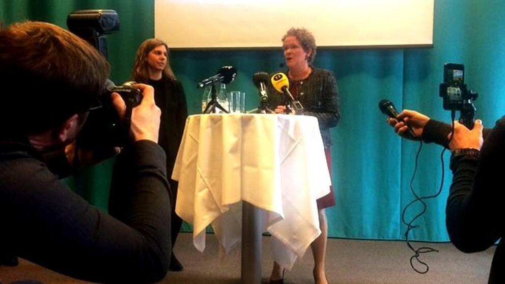 Karin Wanngård (S), finansborgarråd, på fredagens pressträff.