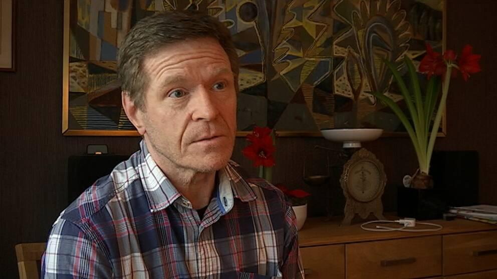 Beckombergabon Torbjörn Pettersson är kritisk till modulbygget.