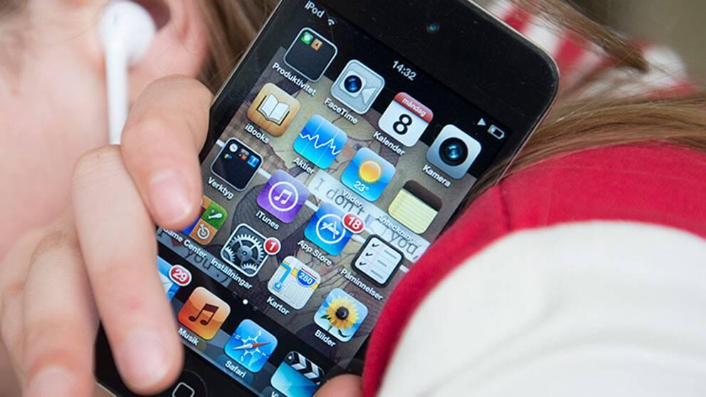 Gunilla blev av med sin mobil och upptäckte att den fortfarande användes – i Rumänien.