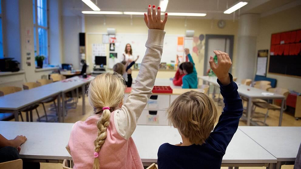 Skolan, handuppräckning