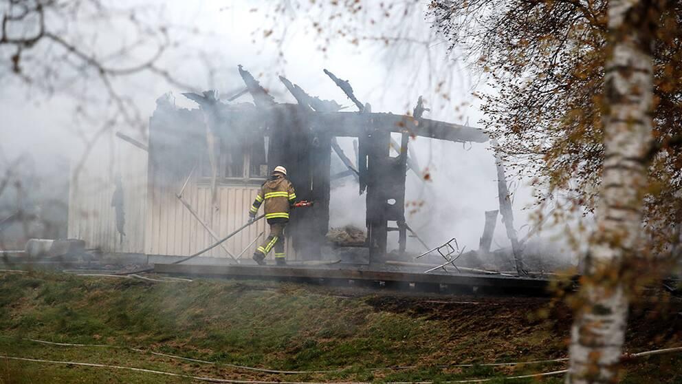 92 anlagda bränder på asylboenden