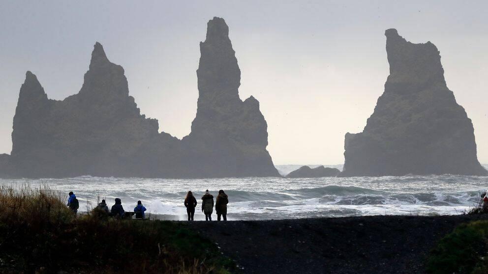 Karg, vild natur lockar turisterna till Island