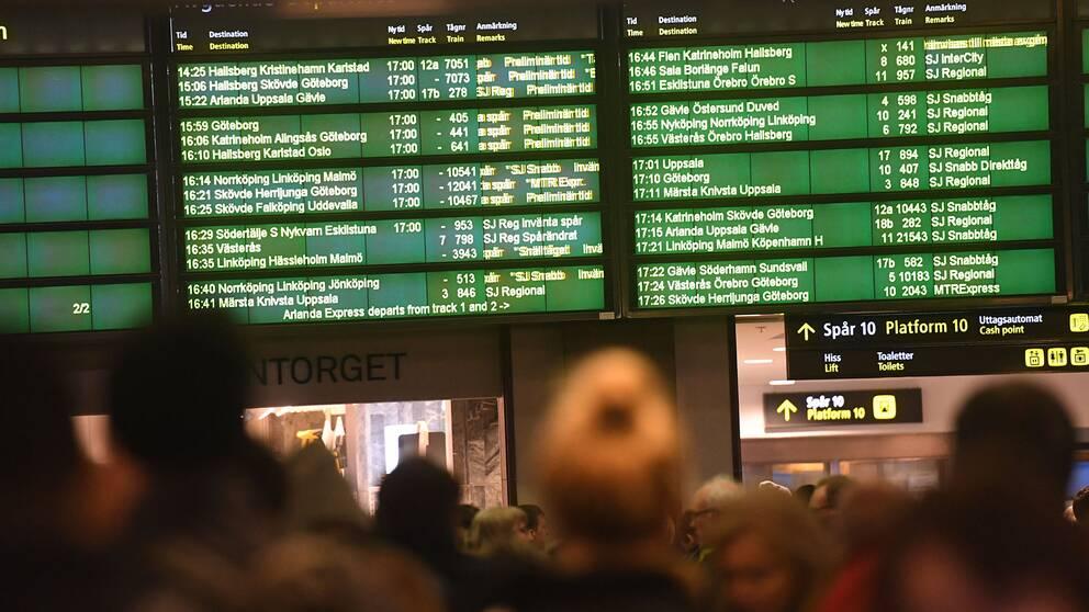 """SJ efter tågförseningarna  """"Boka om biljetten""""  b670c3849c849"""