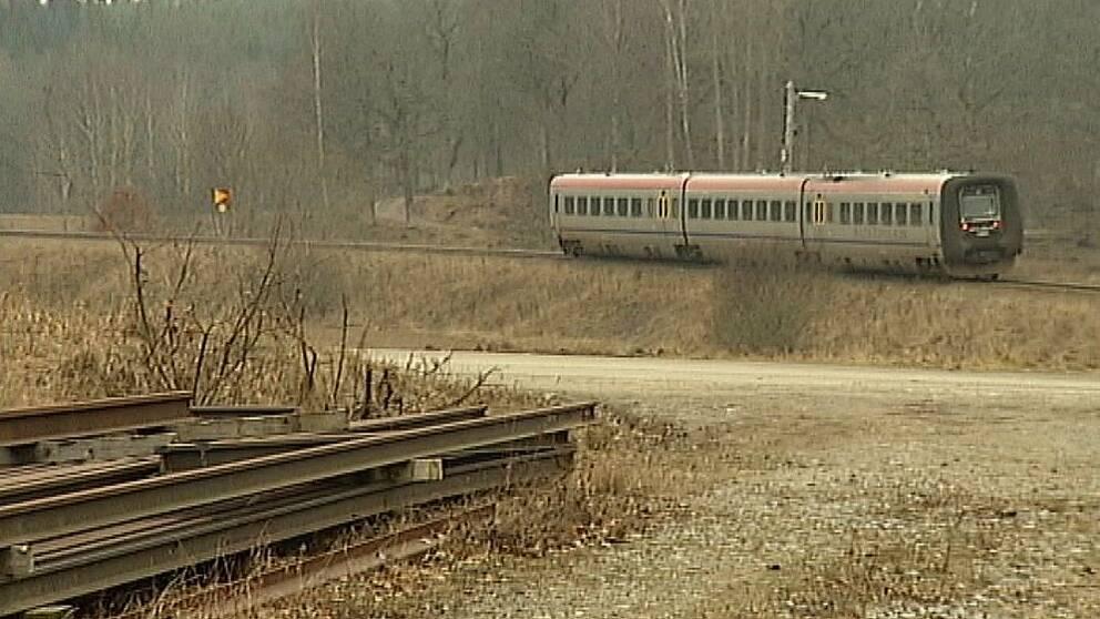 Tåg på Stångådalsbanan