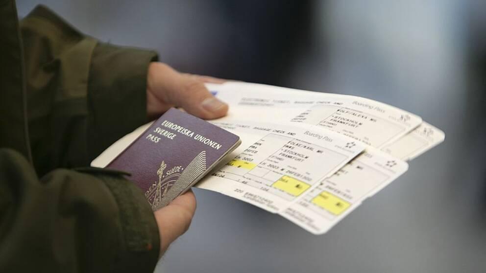 Det ar jag som har betalat flygbiljetten