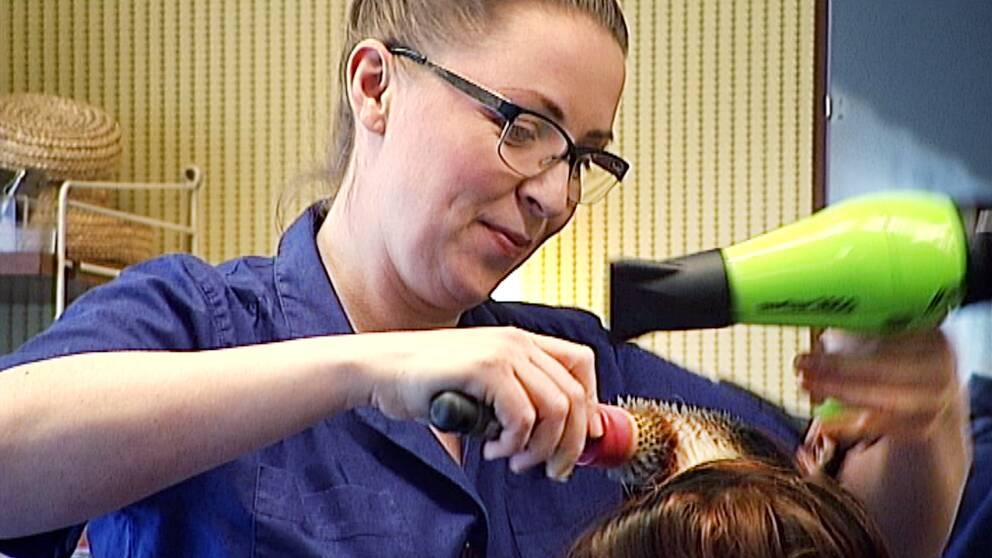 Jenny Aakula frisör förlossningsskada