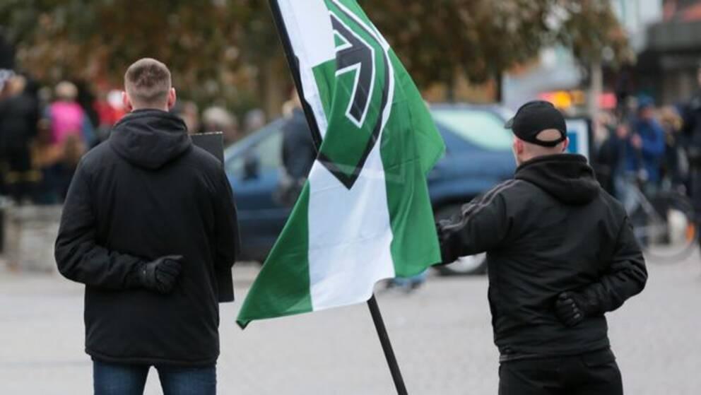 Medlemmar ur Nordiska Motståndsrörelsen. Arkivbild.