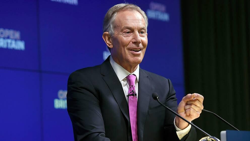 Tony Blair håller tal på ett Open Britain-möte 17 februari.