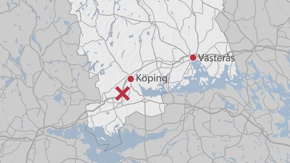 Trafikolyckan hände på E18 mellan Köping och Arboga. Enligt räddningstjänsten och polisen är det totalstopp i trafiken.