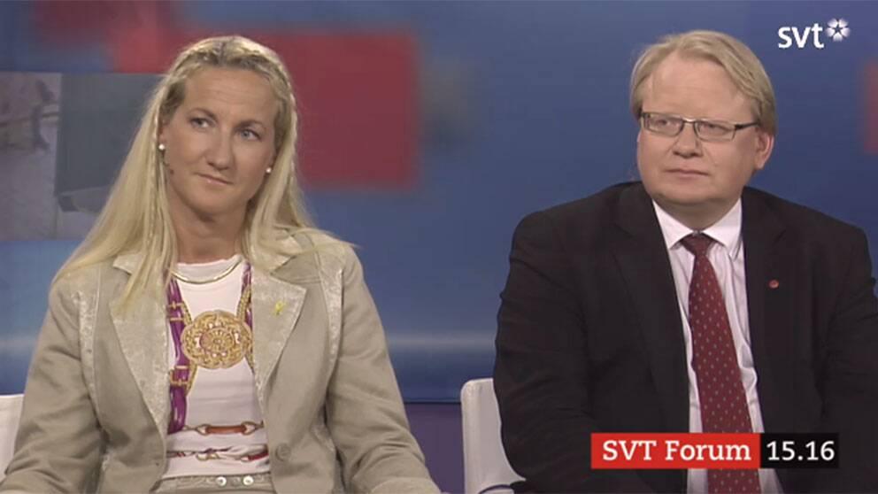 Försvarsberedningens ordförande Cecilia Widegren (M) och Socialdemokraternas försvarspolitiske talesperson Peter Hultqvist.