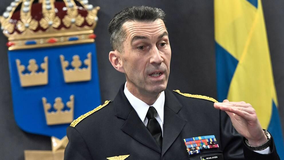 ÖB Micael Bydén presenterar Försvarsmaktens budgetunderlag vid en pressträff på tisdagen