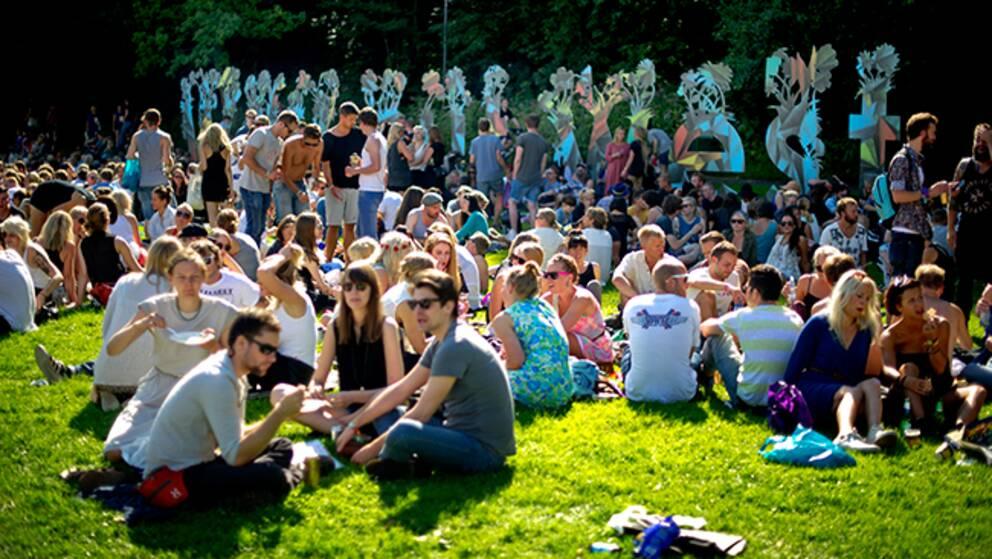 Umgänge utanför festivalområdet i Slottsskogen, Göteborg.