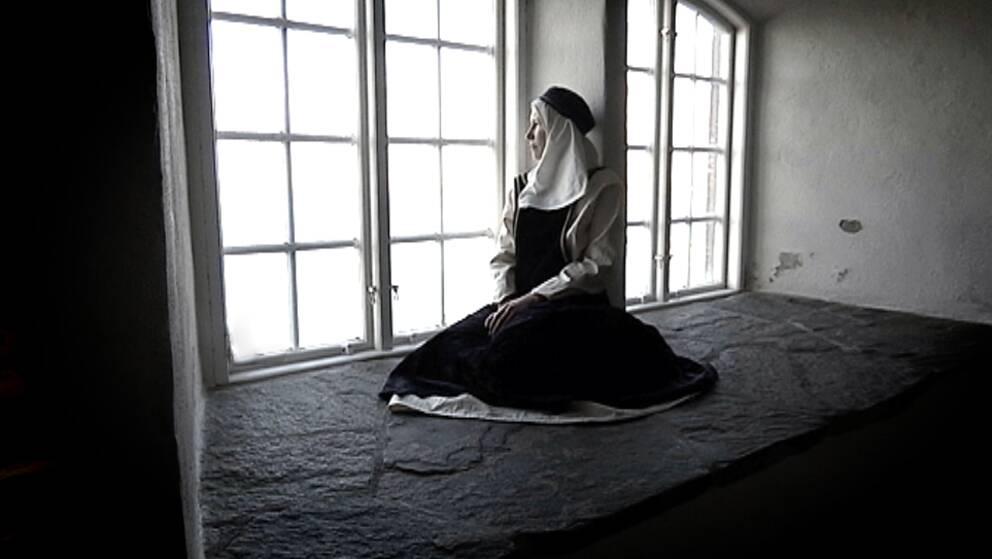 Så här kan Ingeborg Håkansdotter ha blickat ut från fönstren på Varbergs fästning.