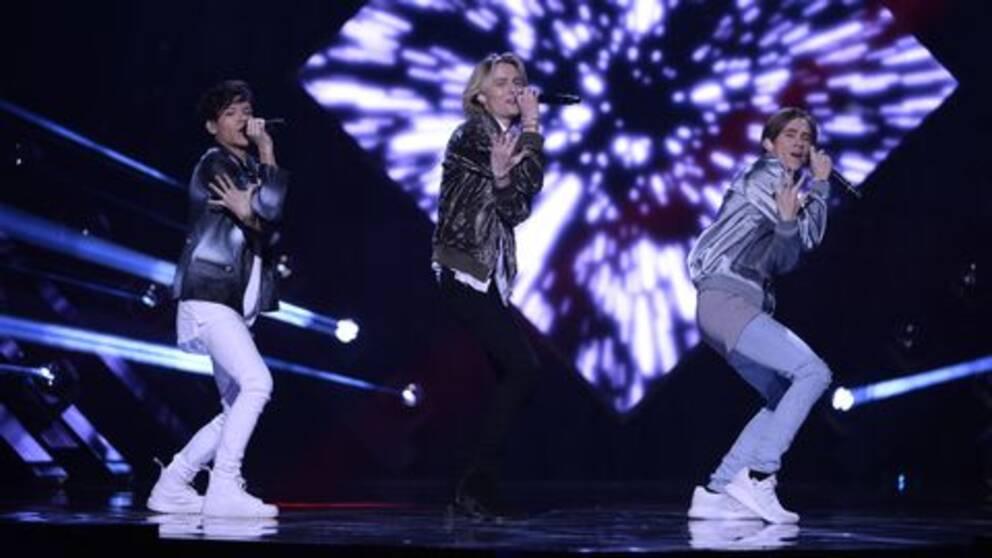 "FO&O sjunger ""Gotta Thing About You"" i Melodifestivalen 2017."