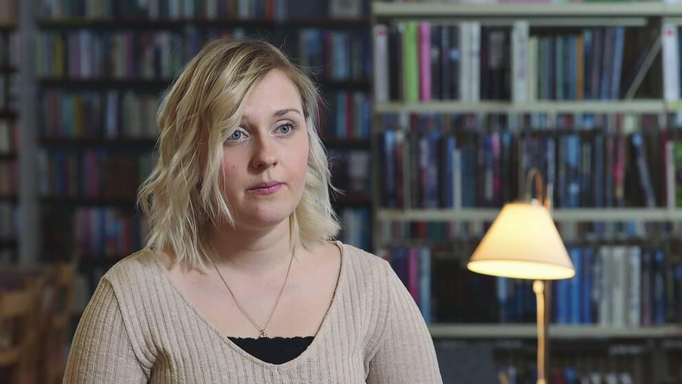 Efter fyra år som undersköterska hoppade Katarina Svensk av och utbildar sig nu till lärare.