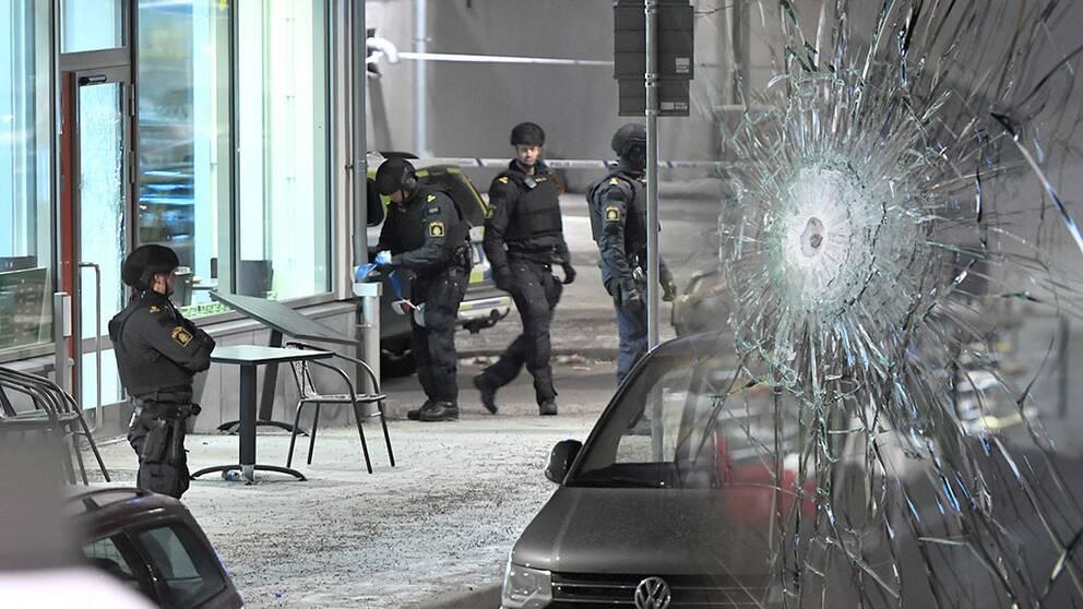 Polisen i Rinkeby kräver hårdare vapenlagar