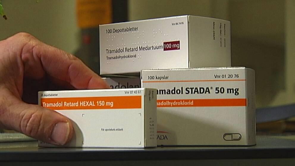 Den dömda kvinnan smugglade in sammanlagt ett hekto narkotikaklassade tabletter.