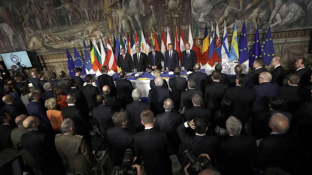 EU-ledare inväntar möte