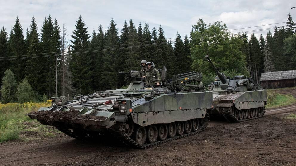 Fordonet inblandat i olyckan var en bärgningsbandvagn 90. Arkivbild från Försvarsmakten.