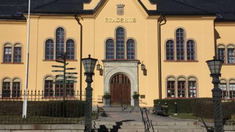 Öst Linköping stadshus vinter utan snö