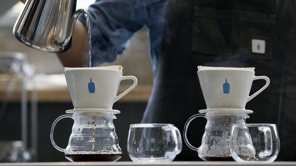 Finländarna fortfarande världsetta på att dricka kaffe