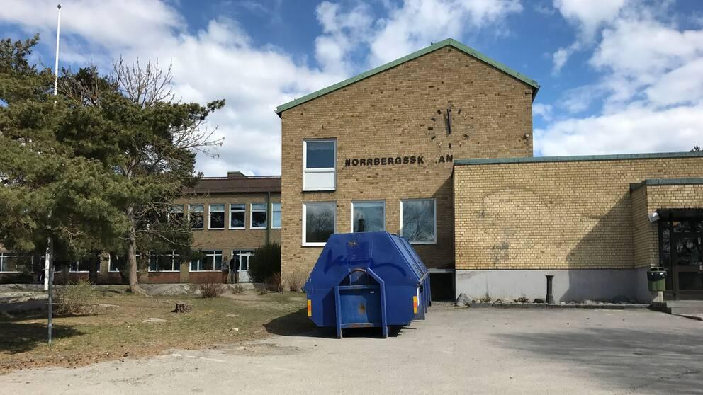 Frågan om skolans framtid delar Vaxholm i två läger.