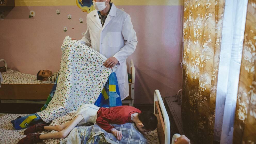 Bilder från barnhemmet.