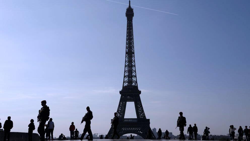 Efter bland annat attentatet på paradgatan Champs-Elysées var också den militära närvaron tung runtom i Frankrike.