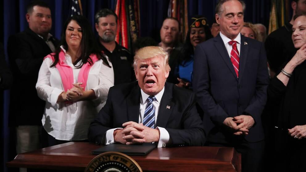 Hur har Trump egentligen lyckats sina 100 första dagar i Vita huset?