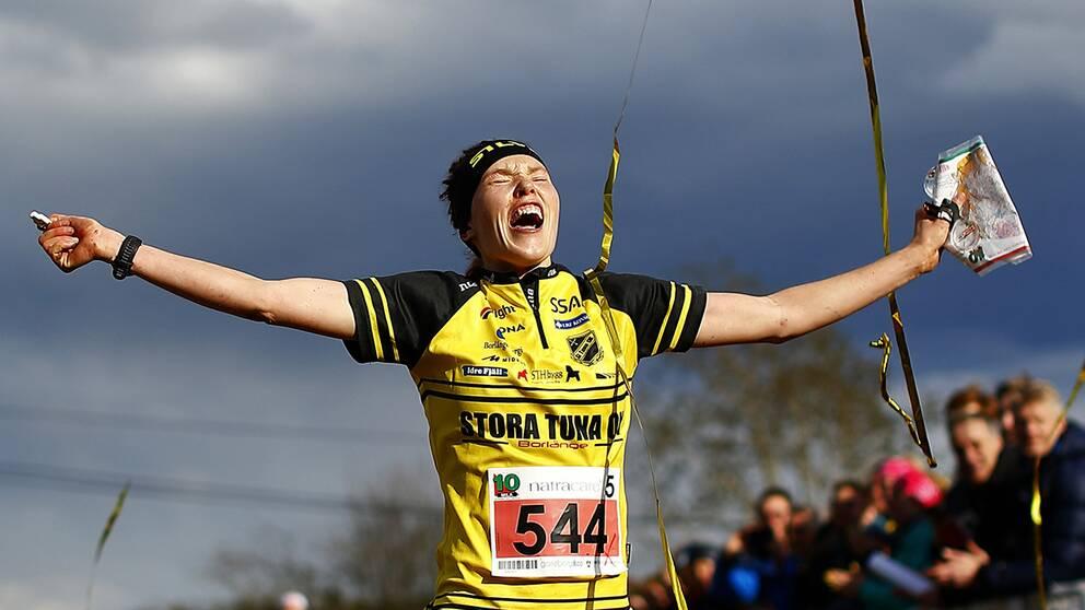 Tove Alexandersson sprang hem segern till Stora Tuna.