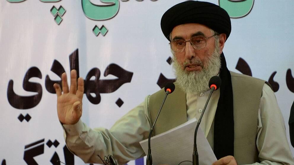 Krigsherren Gulbuddin Hekmatyar har återvänt till Afghanistan efter 20 år i exil.