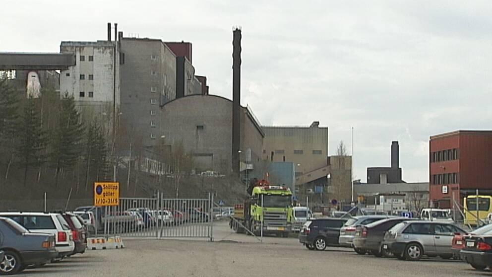 Fastklamd i gruva till sjukhus