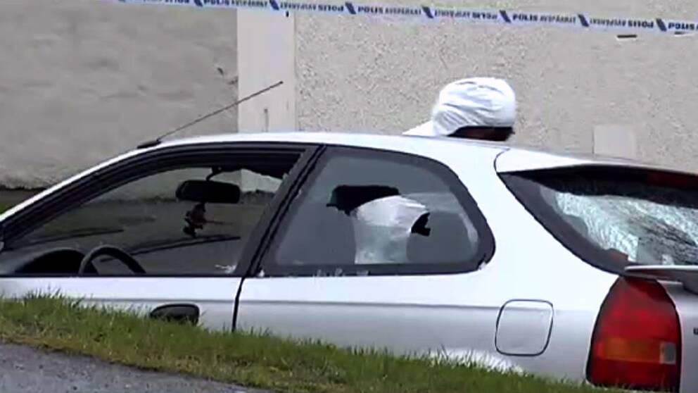En person skjuten till döds i Lövgärdet.