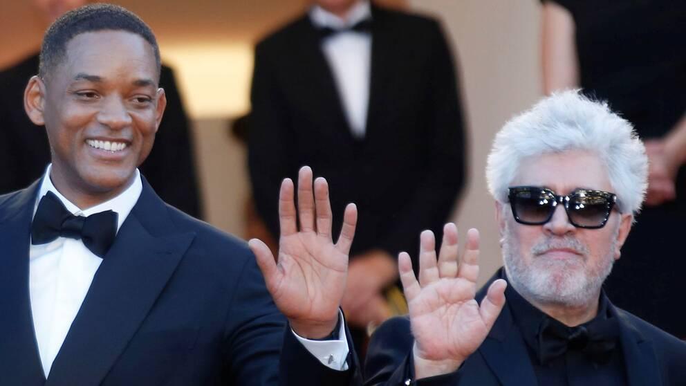 Pedro Almodovar och Will Smith under invigningen av årets Cannes-festival