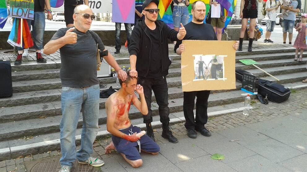 Manifestation For Hbtq Personer Svt Nyheter