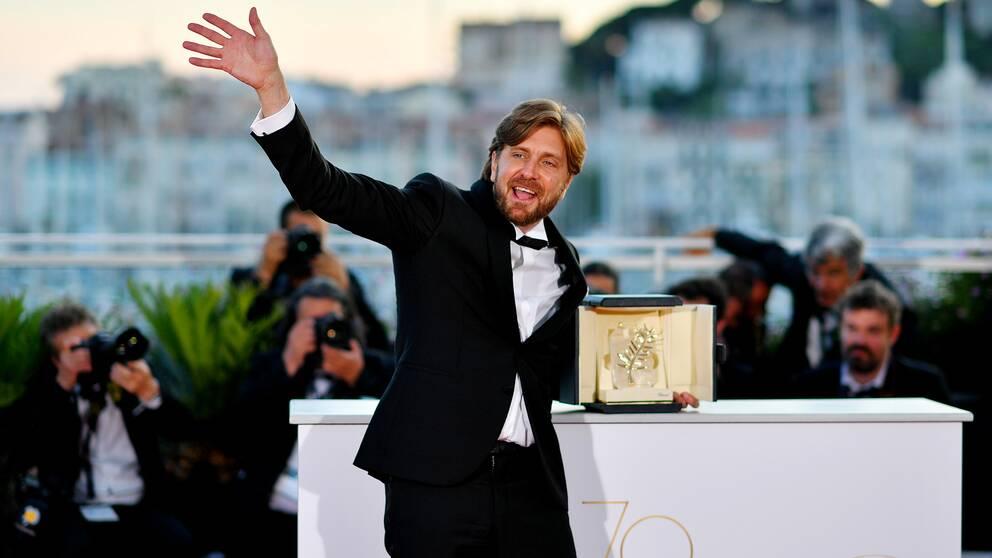Ruben Östlund med sin guldpalm för filmen The square