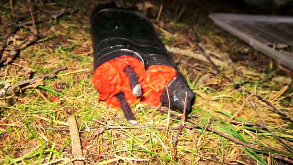 Den här dynamitladdningen låg i bomblådan som hittades vid Lilleby camping.