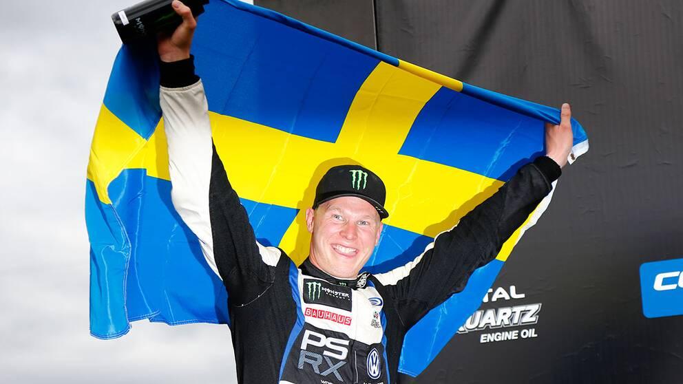 Johan Kristoffersson vann i norska Hell men skadade samtidigt foten och är osäker på start till helgens STCC-tävlingar.