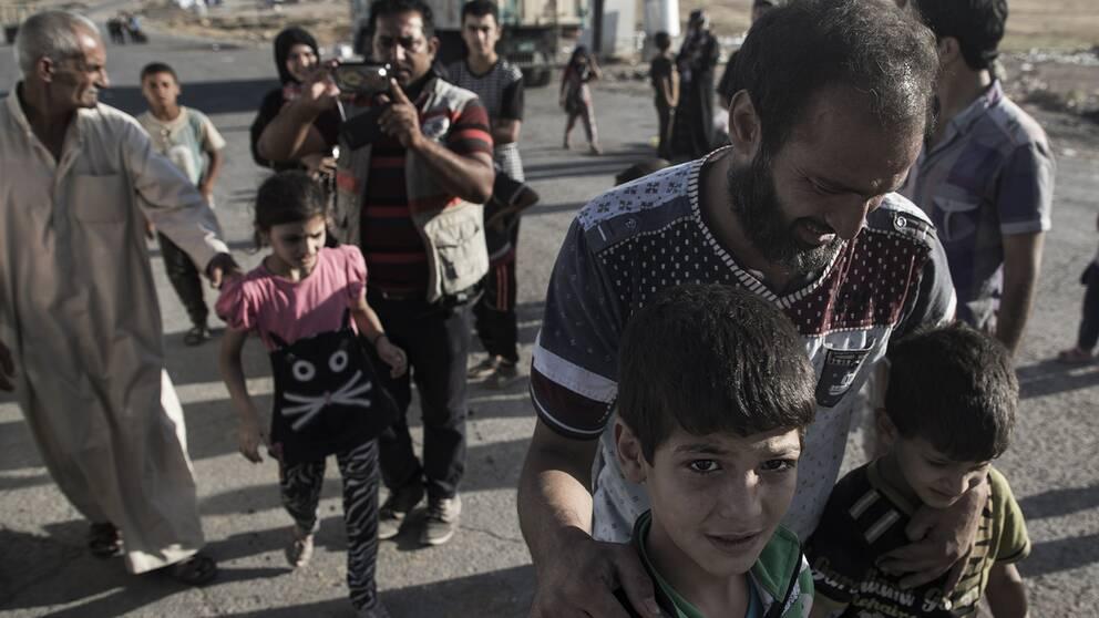 SofianAlRawi återförenas med sin son.