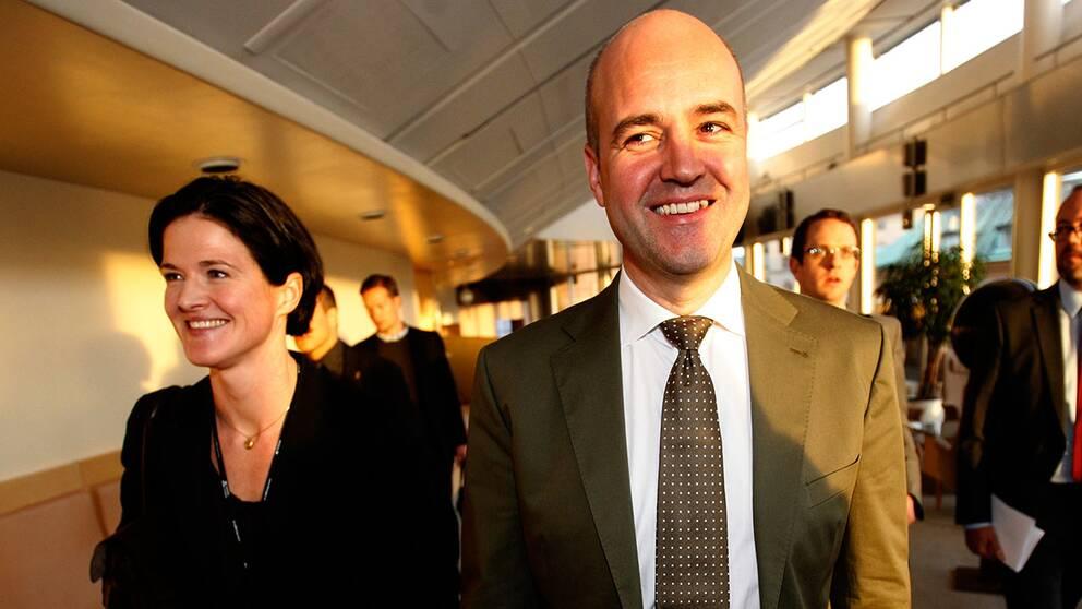 Anna Kinberg Batra med Moderaternas dåvarande partiledare Fredrik Reinfeldt.