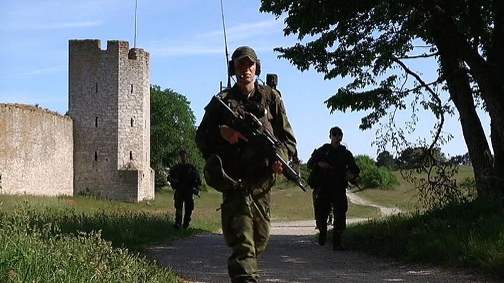 Soldater på övning i Visby