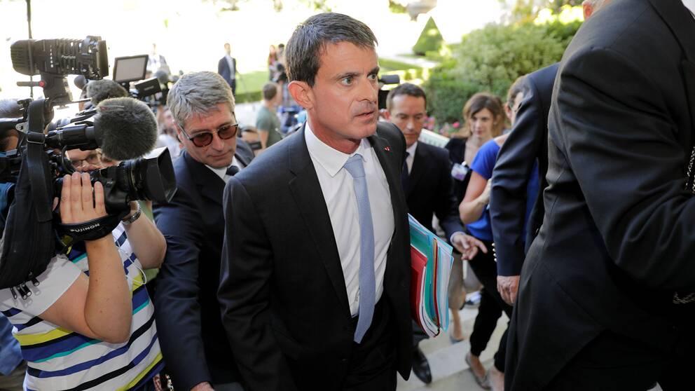 Manuel Valls anländer till parlamentet den 19 juni. Socialistpartiet gjorde ett katastrofresultat i parlamentsvalets andra omgång.