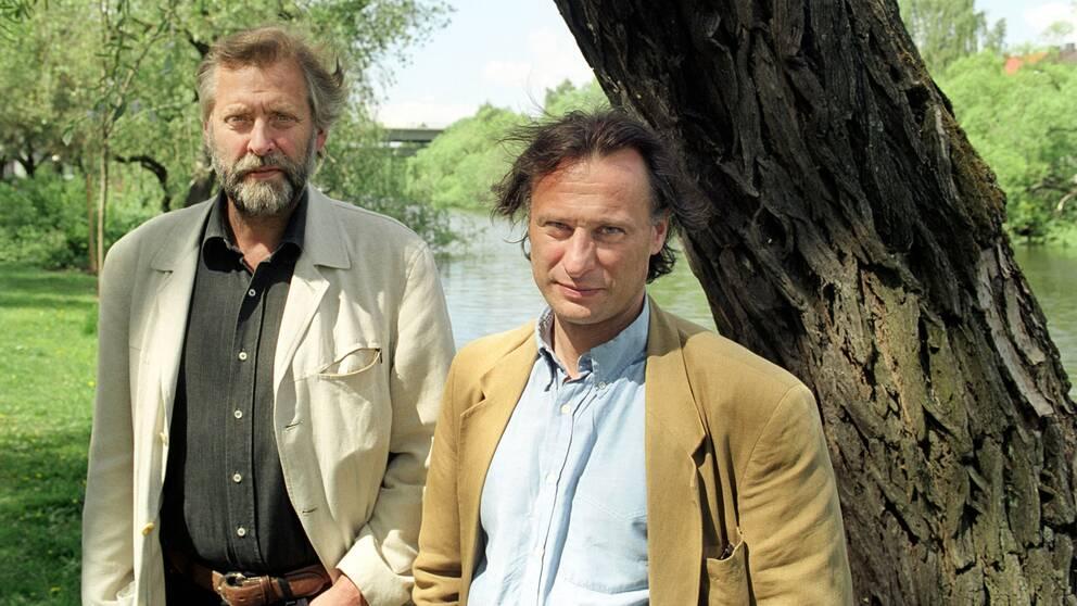 Lars Weiss och Michael Nyqvist inför radioföljetången I morgon du, 2003.