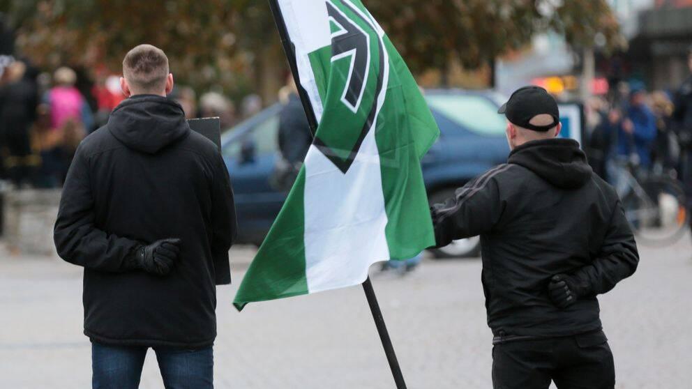 Nazister kan fa ta del av protestlista